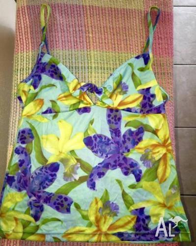 FINCH surf brand top and skirt set-sz 14 - never worn