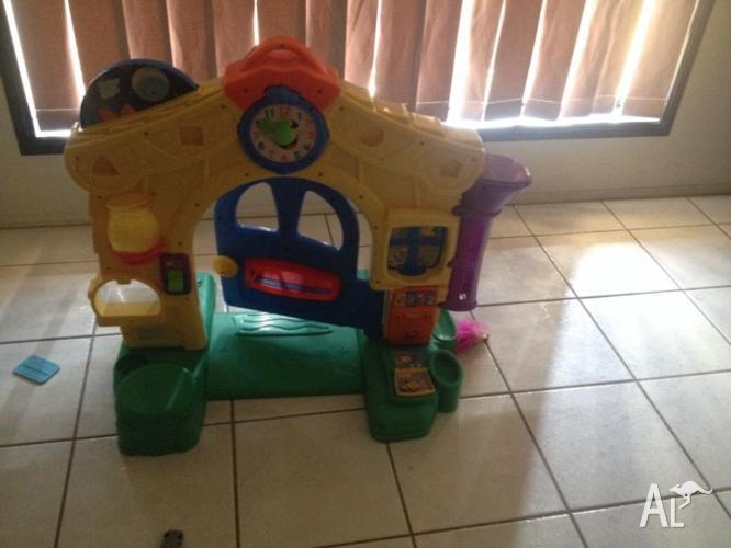 Fisher n price playhouse