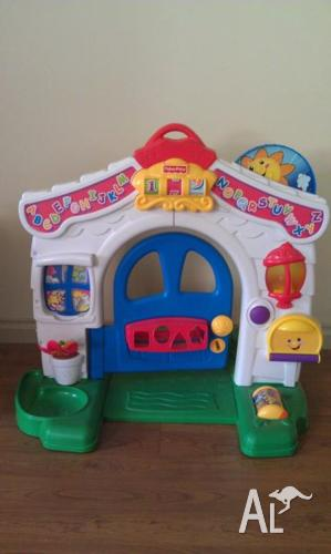 Fisher Price Door (Excellent Learning Toy)- Excellent