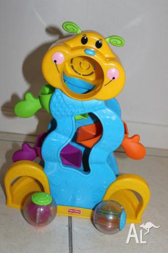 Fisher Price Roll A Rounds Tumble Bug