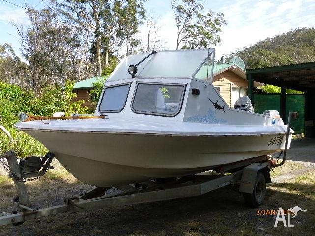 fishing boat 16' in good condition very urgent sale
