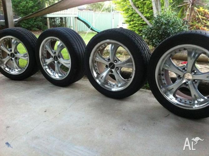 Ford Mag Wheels Degeo Alloy 17X7.5JJ With Tyres