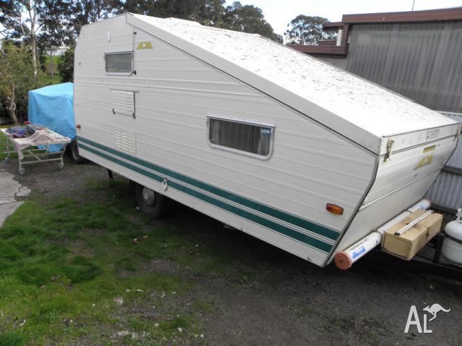 Franklin Nova Caravan Half Roof Poptop Vic Reg For Sale In