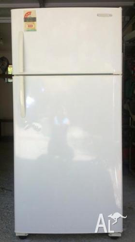 Fridge Freezer Kelvinator 519 Ltr Late Model Cheap For