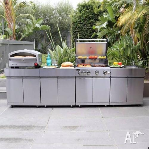 Outdoor Kitchen For Sale: Gasmate 5 Burner Outdoor Kitchen With Pizza Oven RRP $5999