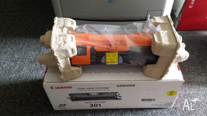 Genuine Canon yellow toner cartridge (301)