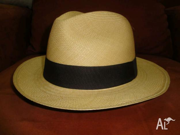 GENUINE HAND WOVEN PANAMA HAT, MADE IN ECUADOR