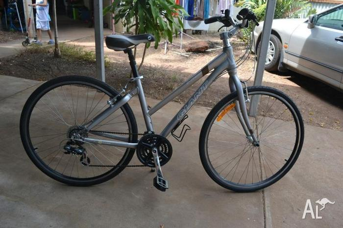 Giant Cypress 4 Ladies Bike 17 Alloy Frame For Sale In Alawa