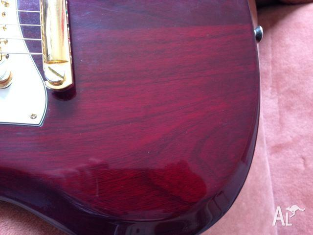 GIBSON SG CUSTOM GUITAR 2007 WITH CASE AND BUILD SHEET
