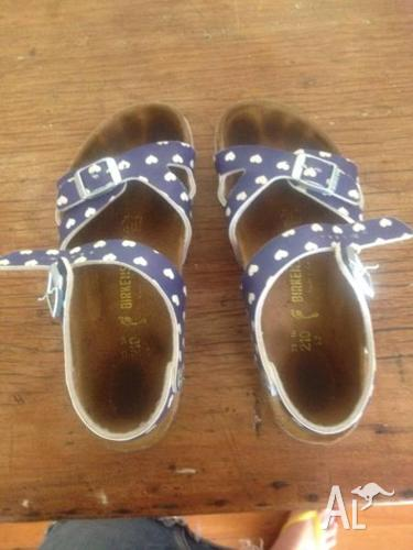 Girls birkenstock sandals love heart