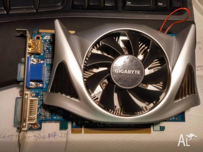 ***Good Condtion***Gigabyte AMD Radeon HD5670 GPU