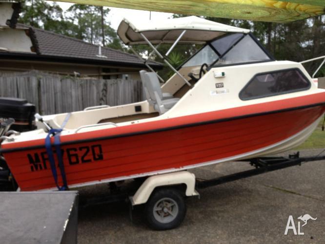 Half Cabin Boat For Sale In Advancetown Queensland