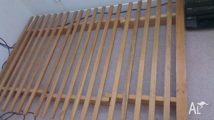 Heavy Duty Wooden Futon 201,5cm x 135cm Easily Fits Dbl
