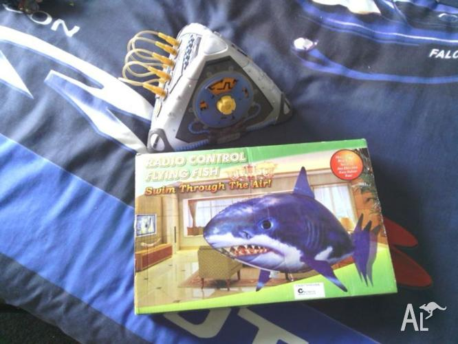 hiellum remote control shark and total meltdown game