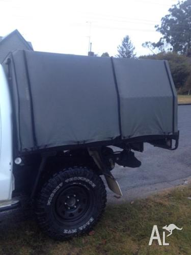 Hilux tray with full canvas canopy & Hilux tray with full canvas canopy for Sale in PENROSE New South ...