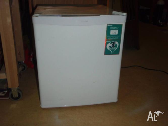 HISENSE Bar Fridge 47L Refridgerator Free Delivery Melb