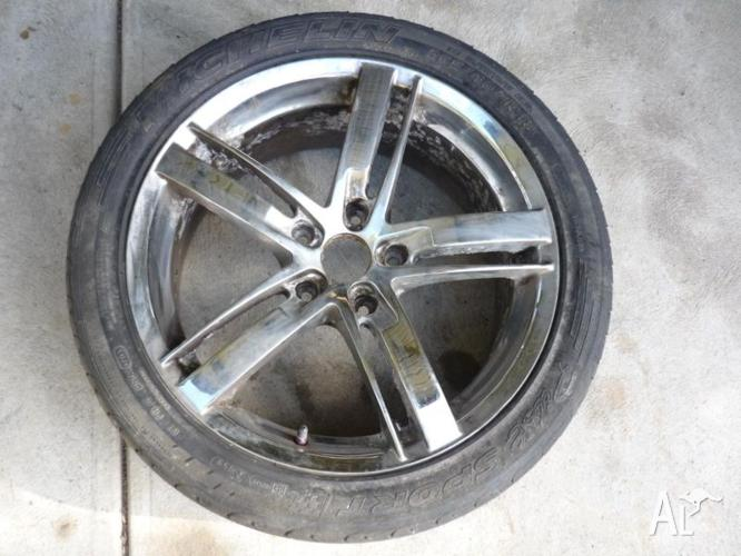 HOLDEN 18X8 MAG WHEEL AND Michelin Sport 255/40 ZR 18