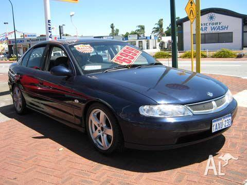 HOLDEN COMMODORE EXECUTIVE   2001