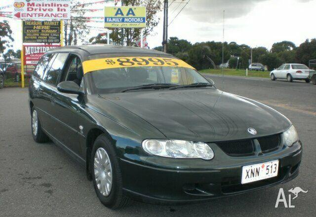 HOLDEN COMMODORE EXECUTIVE VX   2000