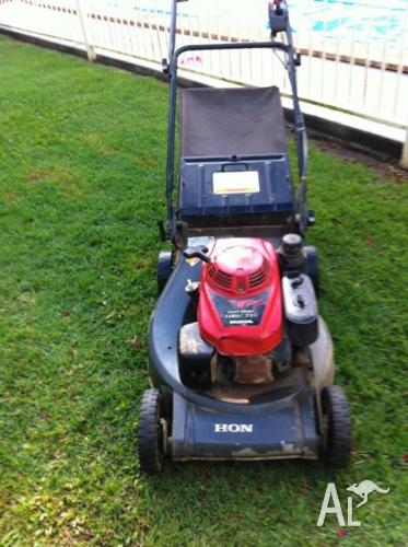 honda 216 lawn mower for sale for sale in goonengerry new south wales classified. Black Bedroom Furniture Sets. Home Design Ideas