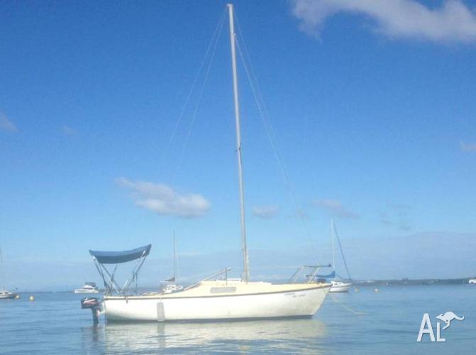 Hood 20ft yacht