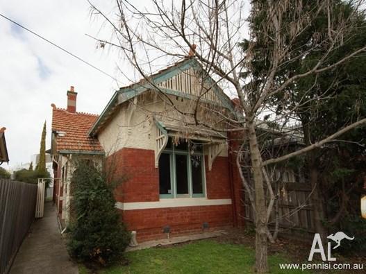 House for Sale in Ascot Vale, Victoria, Ref# 2177101
