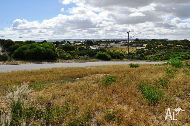 House for Sale in Geraldton, Western Australia, Ref#