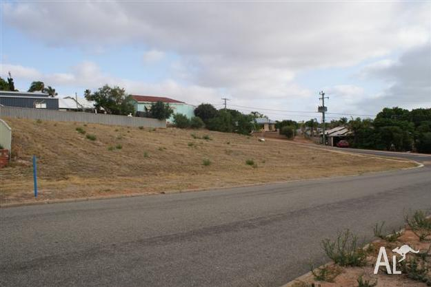 House for Sale in Geraldton, Western Australia, Ref#