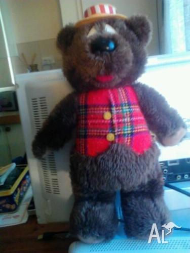 Humphrey B Bear!
