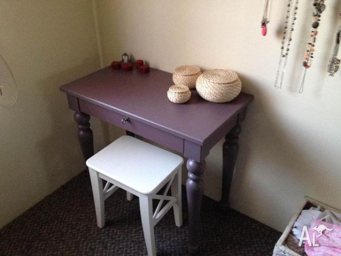 IKEA ISALA Laptop Table Desk for Sale in MELBOURNE