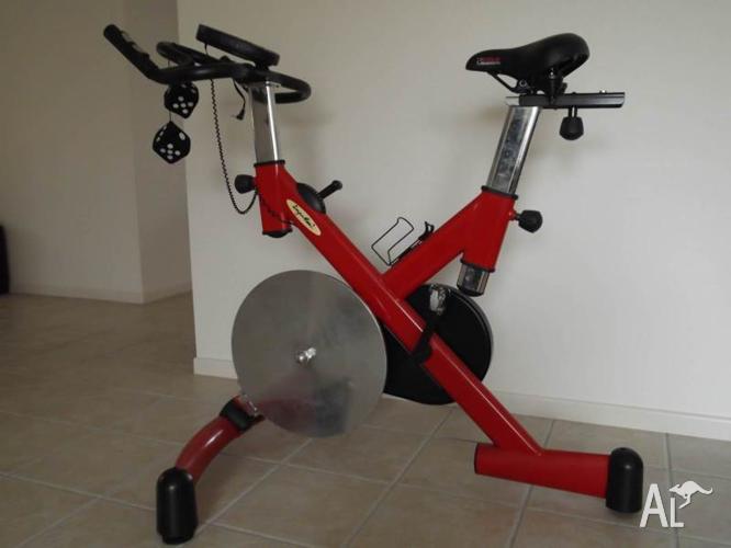 IMPULSE 2 SPIN bike gyn