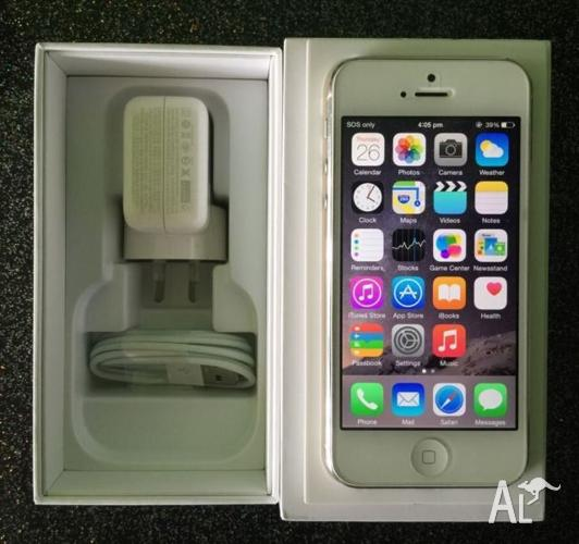 iPhone 5 16G white unlock with box charger & cable