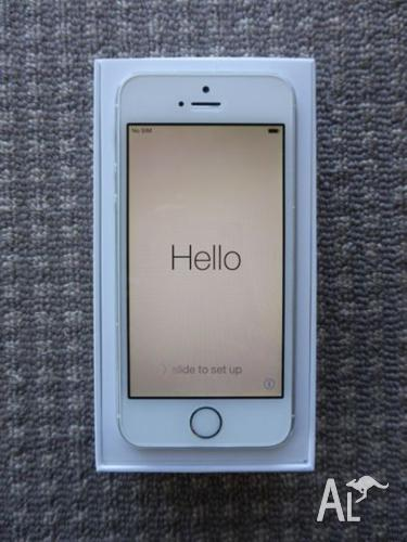 iPhone 5s 64gb silver excellent condition