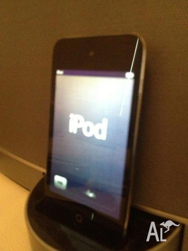 Ipod Touch 8gb 4th Generation (BLACK) - With Camera