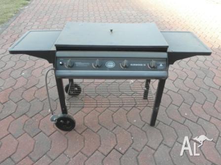 Jackaroo 4 burner BBQ