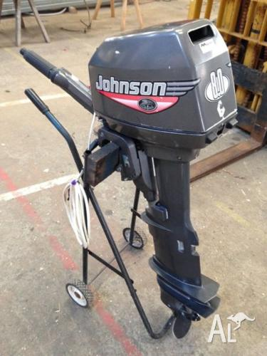 Johnson 8 Hp Long Shaft Sail Drive Outboard Motor With