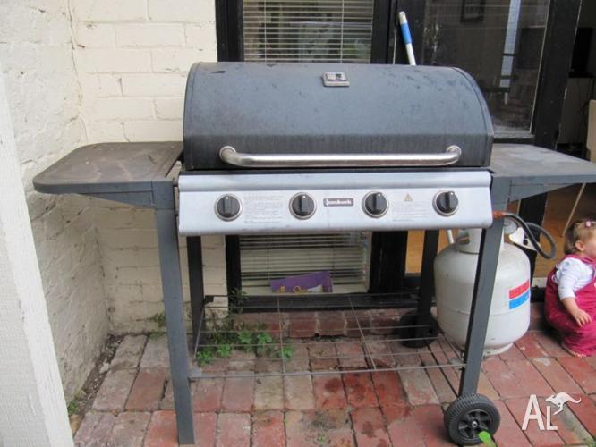 Jumbuck 4 burner BBQ with cover