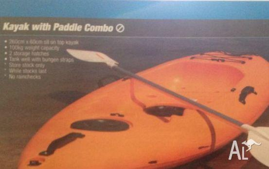 KAYAK WITH PADDLE for sale GREAT OPPORTUNITY