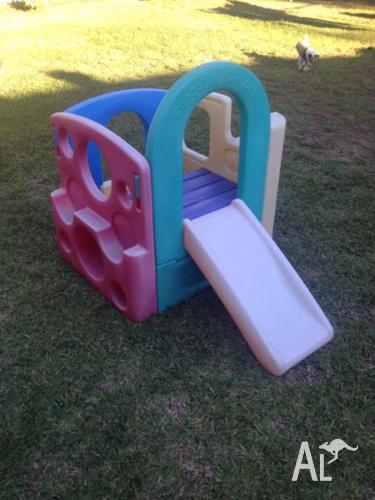 Kids climber with slide