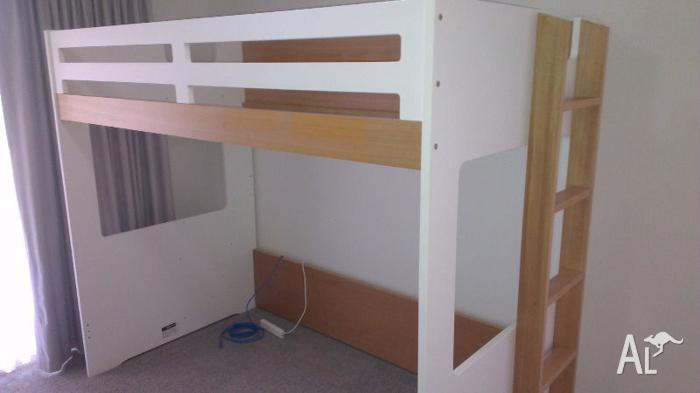 cheap for discount 34a10 721c6 King Single Taylor Loft Bed Frame - Like New, Excellent ...