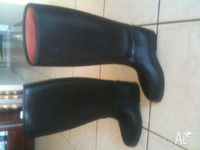 Ladies Rubber/Synthetic Tall riding boots