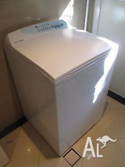 LARGE 2 YEARS FisherPaykel 7.5Kg Washing MachineCAN