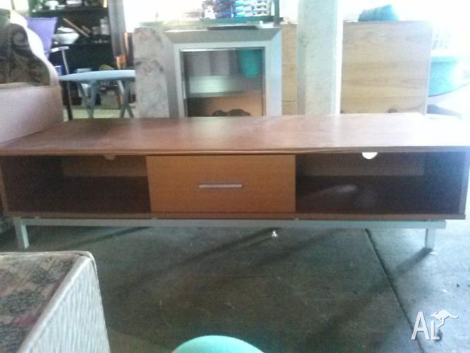 LARGE LOW LYING TV CABINET
