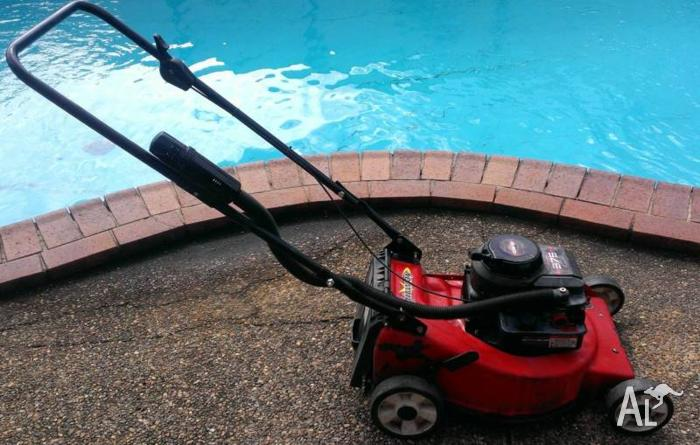 Lawn mower - Rover