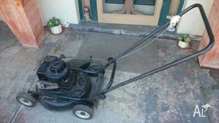 Lawn Mower with Rolls Royce Jet Engine