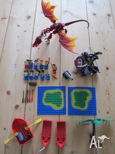 Lego 7017 Viking cataplut and Nidhogg dragon plus 6260,