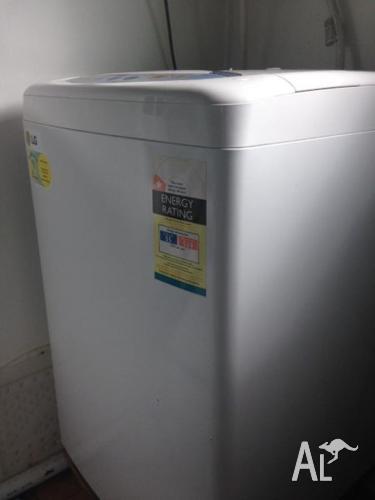 LG 5.5KG topload washing machine