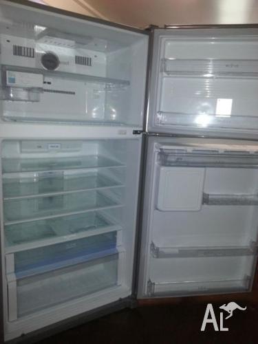 LG fridge stainsteel- energy efficient