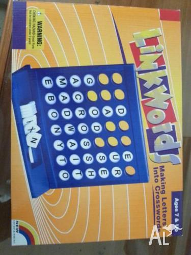 Link Words - Board Game (New)