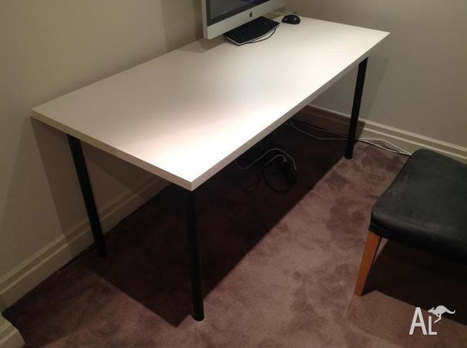 linnmon adils table desk white top black legs for sale in doncaster victoria classified. Black Bedroom Furniture Sets. Home Design Ideas